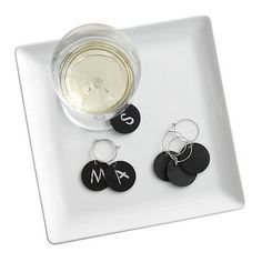 Chalkboard Wine Charms #makeyourmark - make yourself with chalkboard paint and 1$ store wine charms.