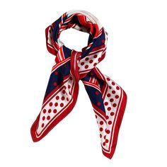 sciarpa in seta 100% nei 3 colori rosso bianco e blu con disegnati dei cerchi. Made in Cina. Composizione: Lunghezza 100, Larghezza 100.