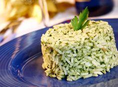 Arroz com Br�colis - Veja mais em: http://www.cybercook.com.br/receita-de-arroz-com-brocolis.html?codigo=495