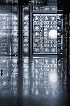 Interior of Jean Nouvel's Institut de Monde Arabe