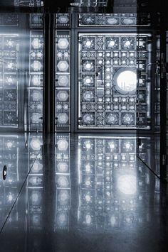 Interior of Jean Nouvel's Institut de Monde Arabe