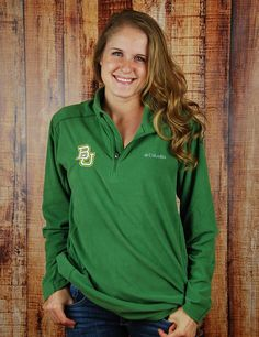 You know you will be tailgating or hanging outside during the cooler months! Why not get a super comfortable Baylor University Pull over so you can support your school ANYTIME?