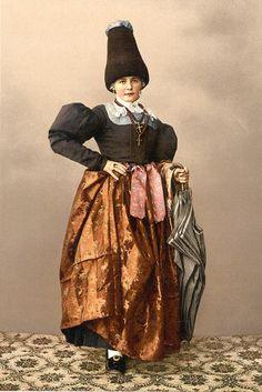 [A girl of Grodenthal (i.e., Grödertal), Tyrol, Austro-Hungary]  Part of today's Austria