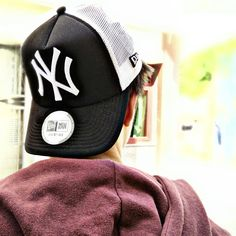 b8fca2daa0c  NewEra NY Yankees Trucker. Available at  DenimLounge Concept Store