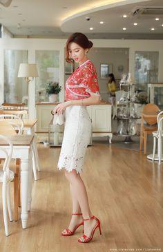 Romantic & Trendy Looks, Styleonme Asian Woman, Asian Girl, Fashion Models, Girl Fashion, Beautiful Girl Image, Womens Fashion For Work, Korean Outfits, Korean Women, Stylish Girl