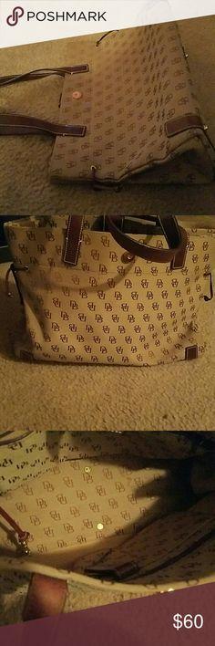 Dooney Purse Signature tan and brown dooney bourke Dooney & Bourke Bags Shoulder Bags