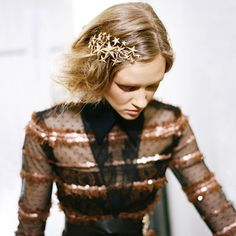 I think hair jewellery will be big this fall! Love the Rodarte star hair piece! via @MarieClaire