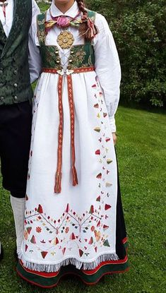 Folk Costume, Costumes, Military Uniforms, My Heritage, Historical Clothing, Traditional Outfits, Norway, Scandinavian, Apron