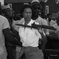 """5 True Stories Behind Iconic Pictures of Badass Women 