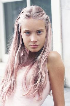 Light Pink Hair. I want pink hair so bad!