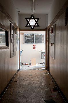 Abandoned Synagogue, via Flickr.