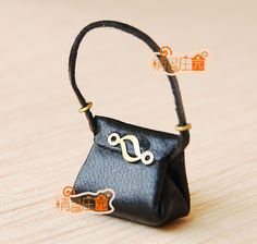 Find More Dolls Accessories Information about Miniature Fashion Black Leather Lady Handbag  Girls Toy Dollhouse Bag Doll  Accessories 1:12 Scale,High Quality dolls accessories,China fashion doll accessories Suppliers, Cheap bag doll from Monica Miniature Furniture Toy and Collecter on Aliexpress.com