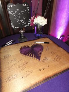 Another creative idea for a Wedding Guest Book!  Click photo for several articles about Wedding Guest Books!