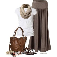 Take a look at the best what to wear with a maxi skirt in the photos below and get ideas for your own outfits! What a great way to wear a tee with maxi skirt 🙂 Tie it in a… Continue Reading → Looks Chic, Looks Style, Style Me, Mode Outfits, Casual Outfits, Fashion Outfits, Womens Fashion, Modest Fashion, 30 Outfits