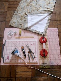 Sew Many Ways...: How To Make Lined Drapes...Picture Tutorial