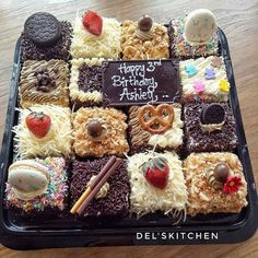 47 Ideas Cake Decorating Chocolate Ideas Peanut Butter For 2019 Fruit Recipes, Brownie Recipes, Cake Recipes, Dessert Recipes, Brownie Packaging, Dessert Packaging, Birthday Cake Decorating, Cake Decorating Tips, Cake Birthday