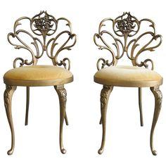 Charming Vtg Mid Century Hollywood Regency Vanity Chair / Vanity Stool | Vanity  Stool, Hollywood Regency And Regency