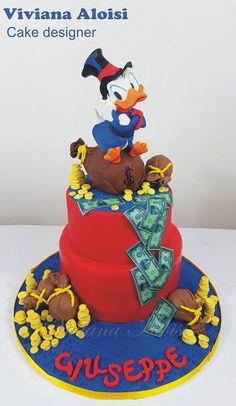 Paperon de Paperoni cake Scrooge McDuck cake