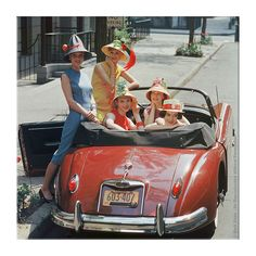Mark Shaw Edition Photo-1959 Jaguar and Beach Hats-NYC,1959