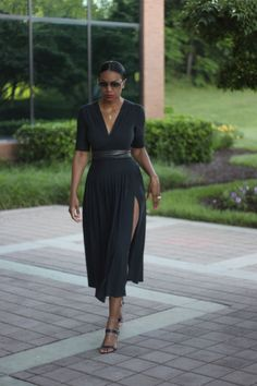 Beaute' J'adore: DIY Midi High Slit Skirt