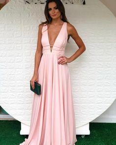 Vestido rose para madrinha Tight Dresses, Prom Dresses, Formal Dresses, Makeup Tips Younique, Girl Truths, Mom Outfits, Glamour, Vintage Designs, Vintage Shops