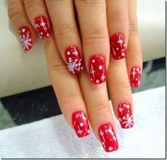 11 παιχνιδιάρικα σχέδια νυχιών για τα Χριστούγεννα. 11 playful nail art for Christmas. #nails   #nailart   #christmas   #νύχια   #Χριστούγεννα