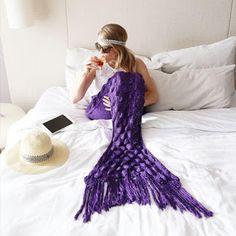 Goldify Blog: Mermaid Tail Blanket | Mit dieser geilen Decke ist...