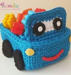 Barbie 37 crochet street look Crochet Bowl, Crochet Chart, Cute Crochet, Crochet For Kids, Crochet Stitches, Crochet Hooks, Crochet Basket Tutorial, Crochet Basket Pattern, Knit Basket