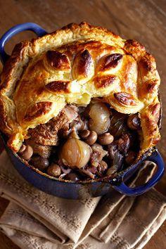 Coq au Vin-pastei (hoender in rooiwyn)   SARIE   Coq au Vin pie