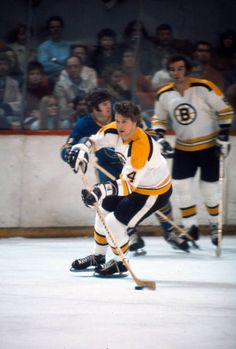 Hockey Pictures, Bobby Orr, Hockey Cards, Boston Bruins, Nhl, Sports, Legends, Number, Photos