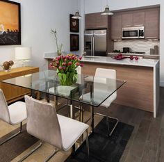 Confira as dicasda Arquiteta Fernanda Knopiksobre Cozinha Americana e ainda veja61 fotos incríveis com ideias para decorar e planejar a sua!