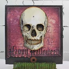 Getting in the Halloween spirit? Check out this Distress Ink Happy Halloween Card project by Tammy Tutterow!