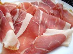 http://www.hamazing.com/articles/difference-between-jamon-serrano-prosciutto-di-parma-parma-ham-jambon-bayonne-ham-and-presunto-explained/