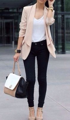 Classy Outfits For The Rich Girl In All Of Us #Fashion #Musely #Tip