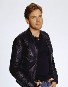 Ewan McGregor - He's Obi-Wan Kenobi. Which automatically makes him cool. Plus, he nearly made me cry in The Impossible, which is very impressive.
