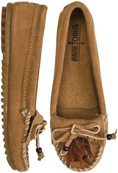 MINNETONKA FEATHER MOCCASIN   http://www.swell.com/MINNETONKA-FEATHER-MOCCASIN?cs=TP