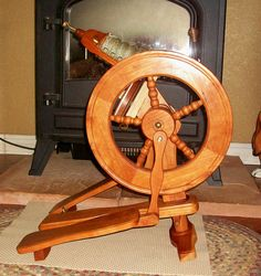 SpinAway Holiday portable spinning wheel. Ooh, I love a tiny spinning wheel!