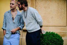 1,750 отметок «Нравится», 8 комментариев — Adam Katz Sinding (@le21eme) в Instagram: «@marcgoehring + @stefanopilati before @jw_anderson SS18 at @pittimmagine in Florence, Italy for…»