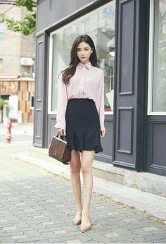 Teacher Outfits Ulzzang Fashion Fashion Korean Fashion Work What To Wear To Work Tomorrow Wo. Korean Fashion Summer, Korean Fashion Men, Womens Fashion Casual Summer, Korean Street Fashion, Curvy Women Fashion, Asian Fashion, Style Ulzzang, Ulzzang Fashion, K Fashion