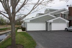 Manor Home/Coach House/Villa - FOX LAKE, IL