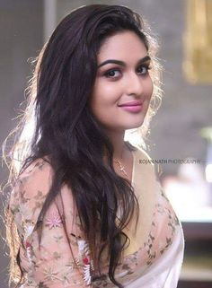 In a kerala style white color saree with floral design and sheer elbow length sleeve blouse design Beautiful Girl Indian, Most Beautiful Indian Actress, Beautiful Girl Image, Beautiful People, Beautiful Bollywood Actress, Beautiful Actresses, Beauty Full Girl, Beauty Women, India Beauty