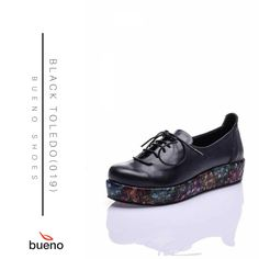 BLACK TOLEDO, 👟 %100 hakiki deri özelliği ve özgün tasarımıyla 🌈 kalitesine ve stiline önem veren kadınların 💃 gözde parçası olacak! 👌  Ürüne Göz atın: https://www.buenoshoes.com.tr/siyah-bagcikli-dolgu-taban-rahat-deri-bayan-ayakkabi  #buenoshoes #kadın #style