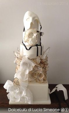 """""""in a dream"""" wedding cake  - wafer paper roses  ~ all edible"""