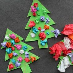 Looking for easy Christmas crafts for toddlers? Here is a round up of 70 easy Christmas crafts which you can make with your toddler or preschooler. Kids Christmas Ornaments, Christmas Crafts For Toddlers, Christmas Lanterns, Paper Ornaments, Preschool Christmas, Christmas Activities, Christmas Crafts For Kids, Crafts For Teens, Preschool Crafts