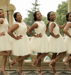 A Simply Elegant South African Wedding - Modern Black Bridesmaids Hairstyles, Brides And Bridesmaids, South African Weddings, African American Weddings, Nigerian Weddings, Wedding Attire, Wedding Gowns, Wedding Bells, African Bridesmaid Dresses