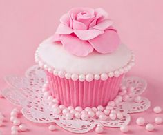 11 Beautiful Pink Cupcakes Photo - Baby Girl Cupcake Birthday Cake, Pretty Pink Cupcakes and Pink Roses Happy Birthday Cupcake Cupcakes Rosa, Love Cupcakes, Wedding Cupcakes, Decorated Cupcakes, Beautiful Cupcakes, Color Rosa, Pink Color, Pastel Colors, Pink Love