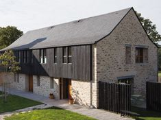 Une grange transformée en maison contemporaine