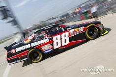Clint Bowyer, JR Motorsports Chevrolet