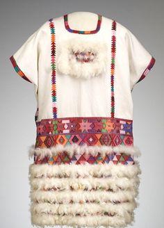 Vestido de novia de Zinacantán, Chiapas con arte plumario