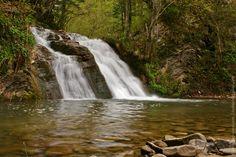 Carpathian waterfall / Водопад в Карпатах